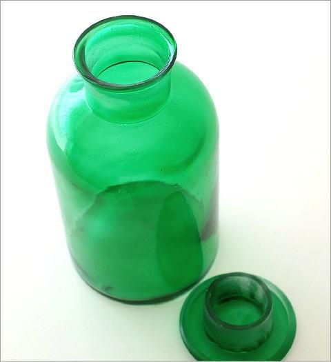 アンティークなメディシンボトル(2)