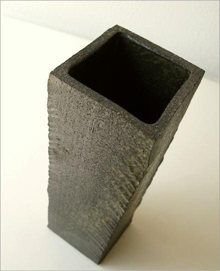 花瓶 陶器 角柱面取り花入れ(2)