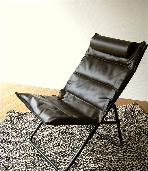 アイアンとレザー折りたたみ椅子