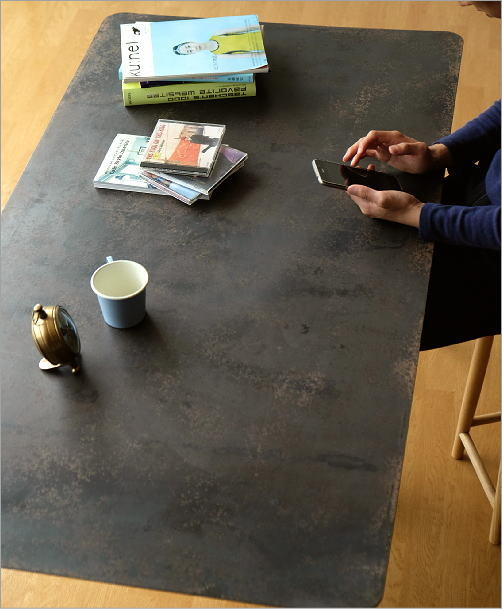 シャビーなアイアンとウッドのテーブル 140(3)