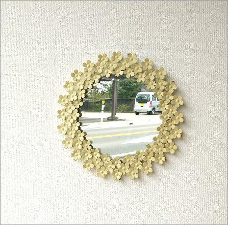 ホワイトアイアンの壁掛けミラー(4)