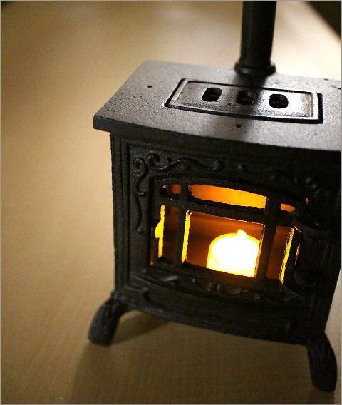 LED付きミニチュアストーブのオブジェ(1)