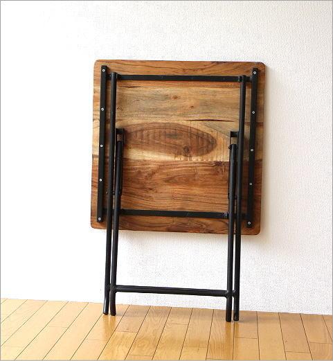 アイアンとウッドの折りたたみテーブル(3)