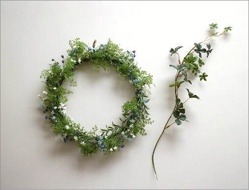 フェイクグリーンの壁飾り 忘れな草のリース(5)