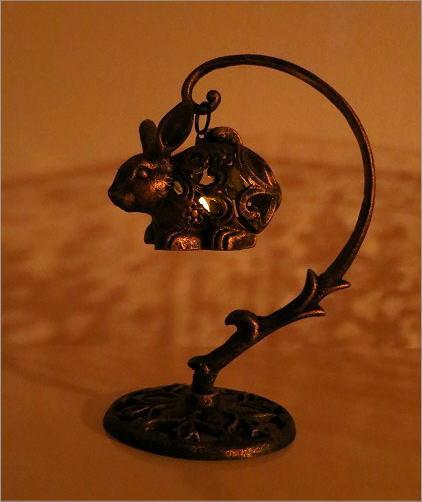 LED付きアイアンウサギのランタン(5)