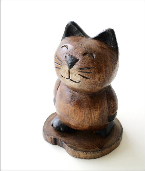 木彫りの置物 お散歩ネコ(1)