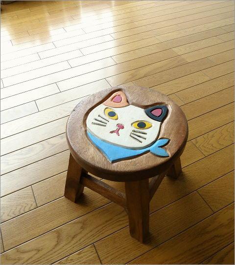 子供椅子 スカーフ白ネコさん(1)