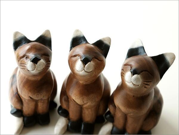 甘えるネコ(4)