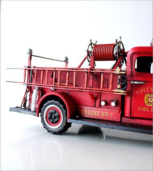 American Nostalgia レトロ消防車(3)