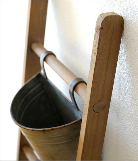 木製ラダーのフラワースタンド(2)